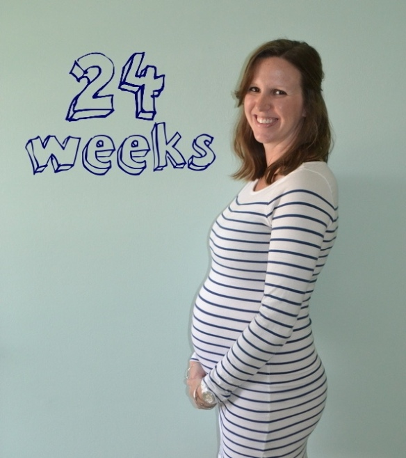 Technically, I'm 25 weeks here (oops!) -- and guys, I don't know if this dress is going to make it to 40 weeks.
